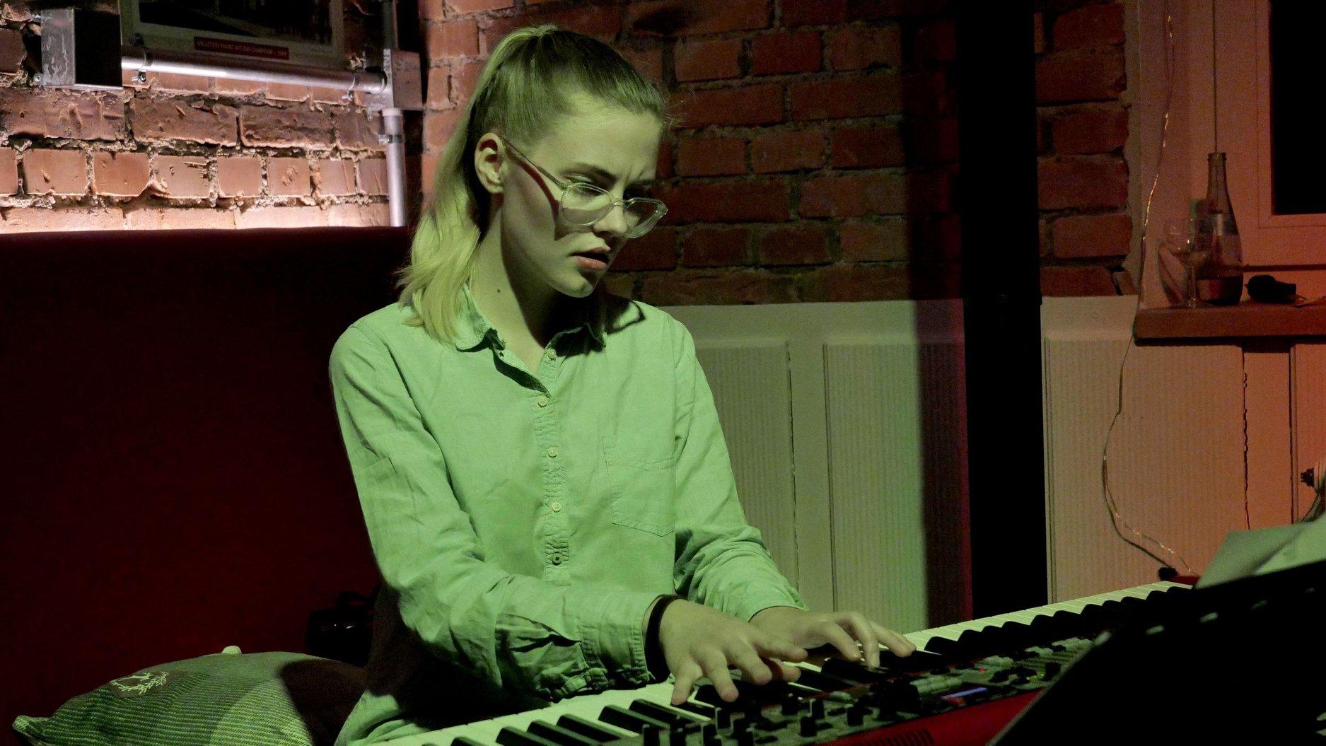 Johanna Summer (21)